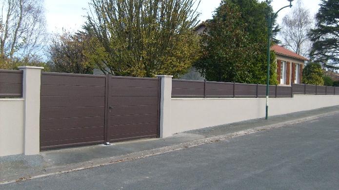 Portail et clôture assortie